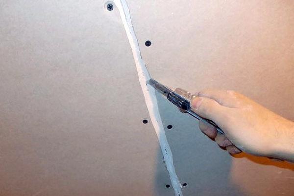 Шпатлёвка стен под покраску - подготовка стен - способы нанесения составов + советы по экономии